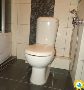 Монтаж унитаза и канализационных труб